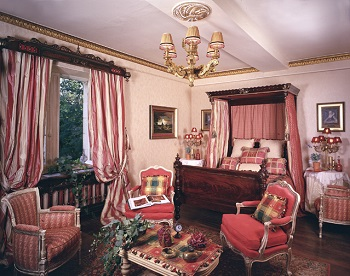 Chambre Royal Rouge, 350x276